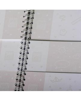 Journal de bébé : pages vierge et papier épais pour créer un beau journal de bord à bébé