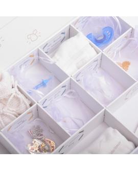 Boites à souvenirs : 10 petites cases et 1 grande pour les petits souvenirs de bébé et de l'enfance.