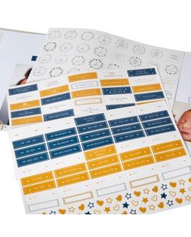 3 planches de stickers pour illustrer les photos avec toutes les étapes de la vie de bébé