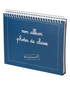 Le coffret cadeau enfant contient : l'album photos de classe