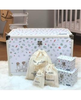 Cadeau bébé : une malle décorative pour souvenirs
