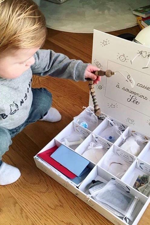 cadeau personnalisé bébé souvenirs