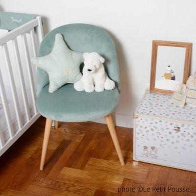 indispensable-deco-chambre-de-bebe-le-fauteuil